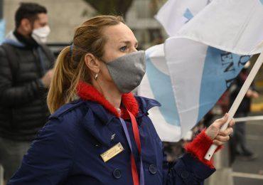Uso de mascarillas al aire libre dejará de ser obligatorio en Argentina en octubre