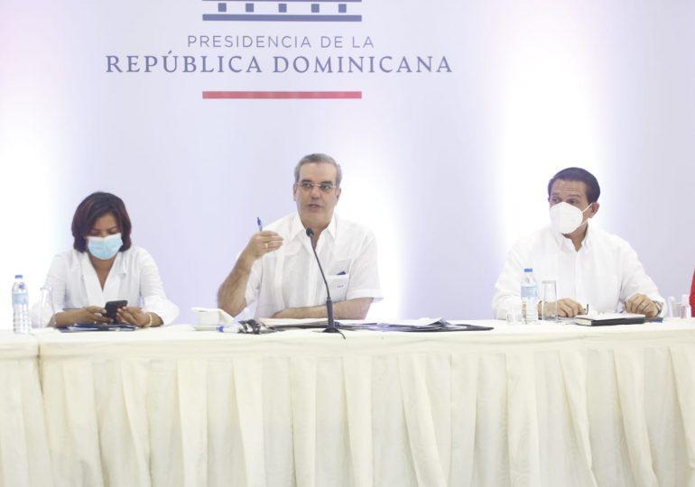 Abinader anuncia reparación masiva de mil viviendas en Monte Plata