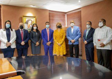 ABA y DNCD acuerdan acciones institucionales contra el lavado de activos y otros delitos