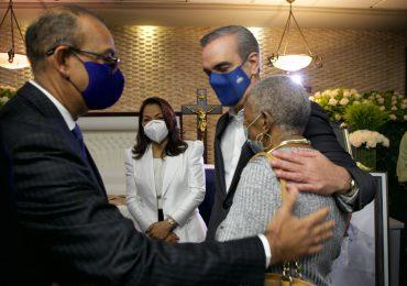 Presidente Abinader da condolencias a Deligne Ascención por muerte de su padre