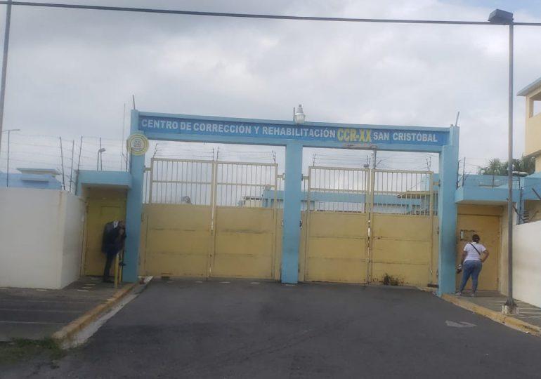 VIDEO   Abogados Jean Alain se quejan, abanicos en cárcel de Najayo no funcionan, calor les arropa