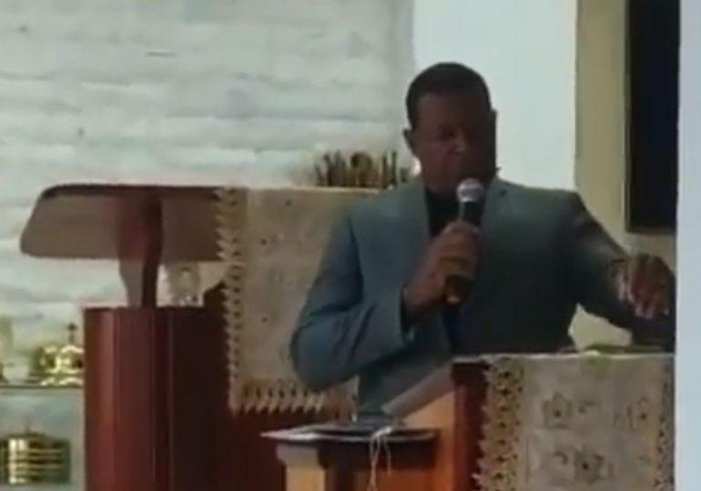 Video   Muere pastor dominicano mientras predicaba en Puerto Rico