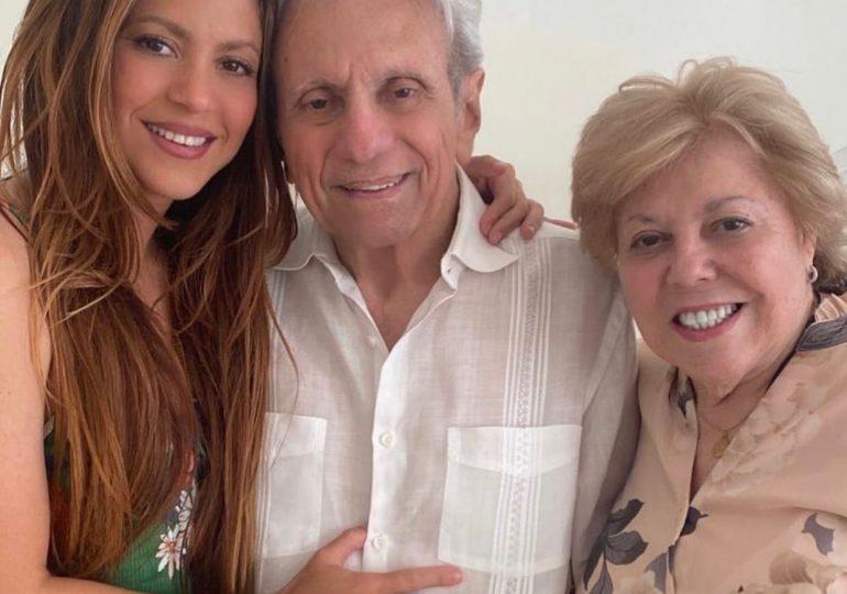 Shakira celebra el cumpleaños número 90 de su padre