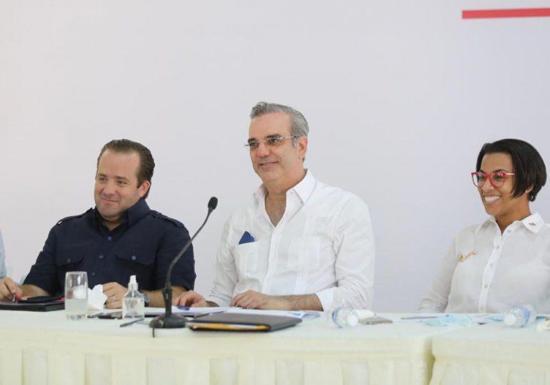 Presidente Abinader anuncia obras de desarrollo en Montecristi, inversiones son para salud y otras áreas