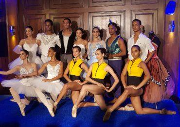 Bailarines anuncian gala en favor de niños y jóvenes con parálisis cerebral y autismo