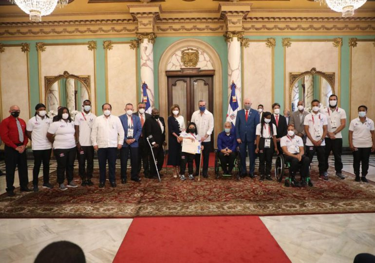 VIDEO | Abinader recibe delegación paralímpica que representó al país en Olimpiadas de Tokio