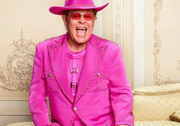 Elton John aplaza conciertos en Europa por lesión de cadera