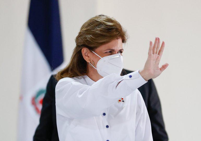 Raquel Peña resalta trabajo del PARLACEN