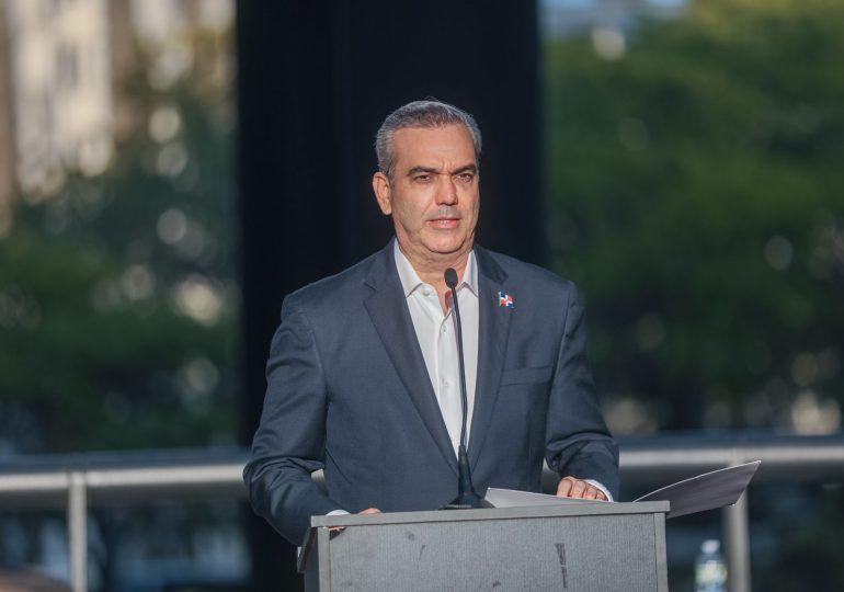 Abinader resalta aportes de la diáspora en instauración valores democráticos