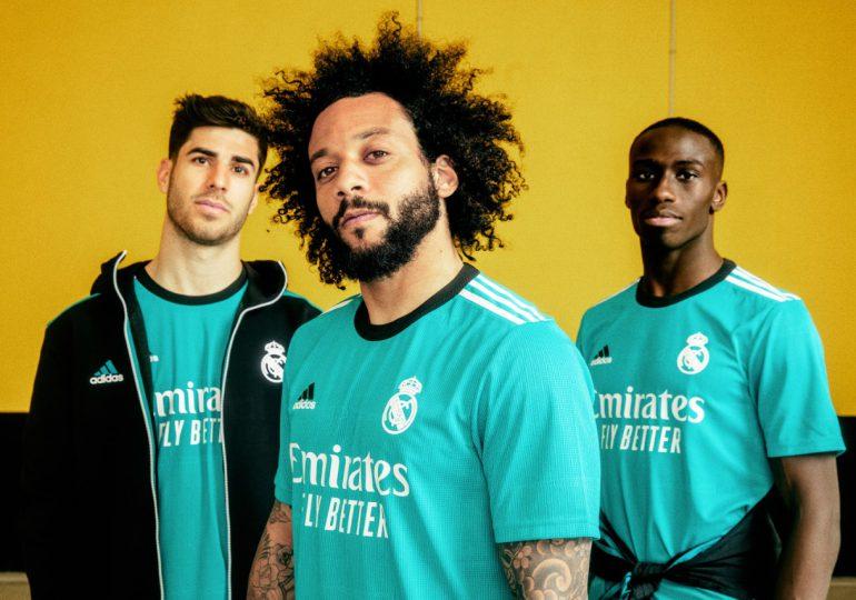 Adidas y el Real Madrid presentan nuevo uniforme para la temporada de fútbol 2021-2022