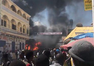 VIDEO | Reportan explosión en una bomba de gasolina en Cabo Haitiano