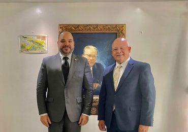 Defensor del Pueblo y Procurador del Ciudadano en Puerto Rico intercambian impresiones sobre buenas prácticas