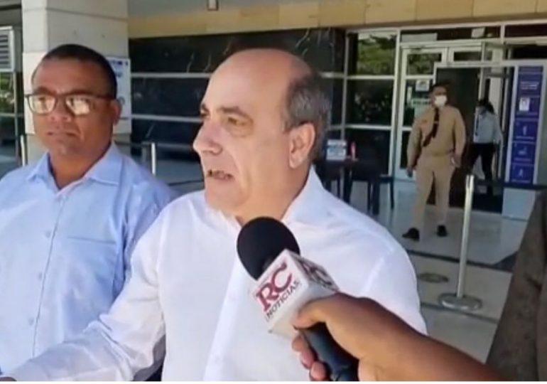 VIDEO | Depositan querella contra Lisandro Macarrulla ante el Pepca