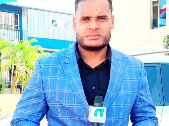 Periodista denuncia es amenazado por cabo de la PN