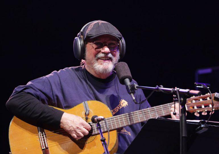 Silvio Rodríguez donará lo recaudado en conciertos en España a compra de insumos de salud para Cuba