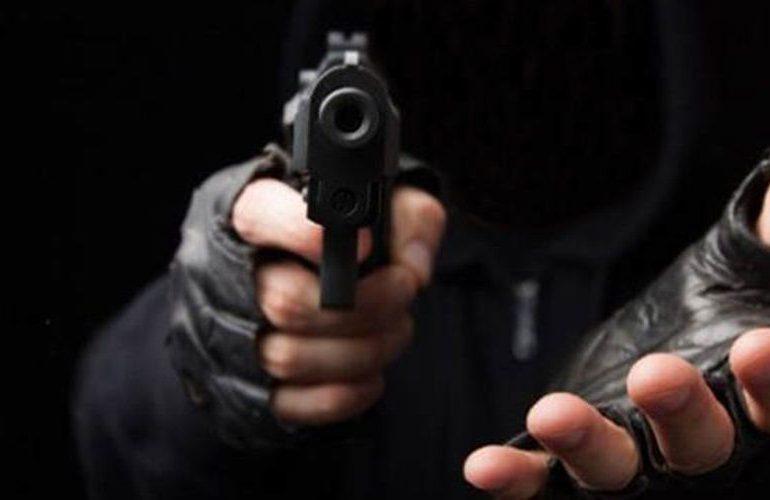 Encuesta: 81% revela robos o atracos son los principales crímenes en la comunidad