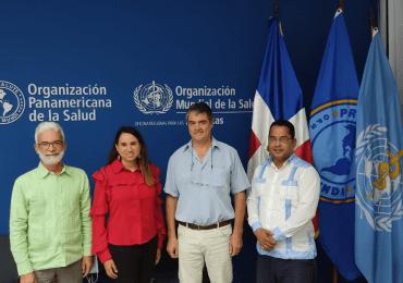 Representante de la OMS/OPS valora instituciones en favor de la salud de la población