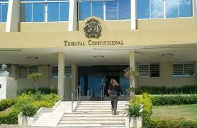 Tribunal Constitucional regaña a colegio y al Ministerio Público por acción contra un niño