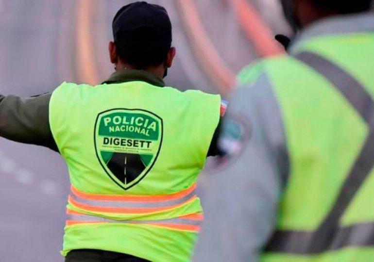 DIGESETT investiga incidente en que agente golpea conductor en Puerto Plata