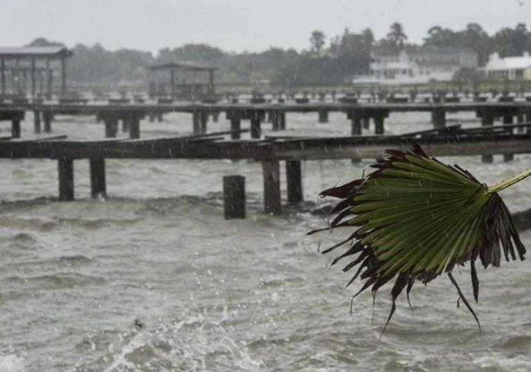 Huracán Ida provocó fuga de petróleo en Golfo de México, dicen guardacostas de EEUU