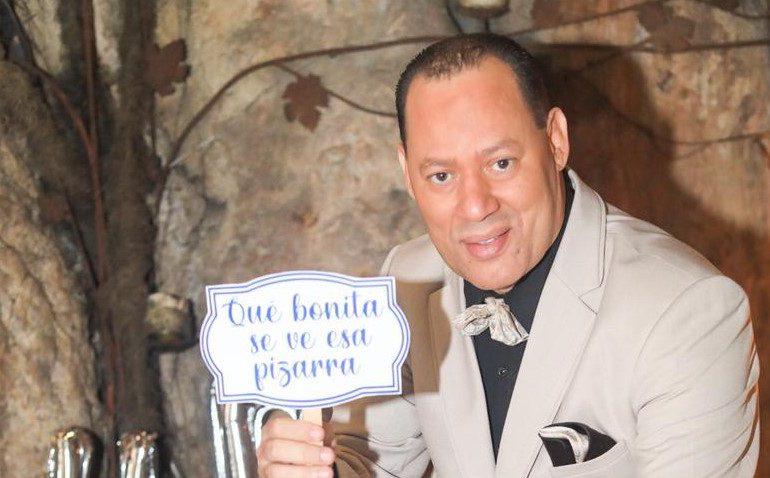 """Franklin Mirabal: """"Ahora serán 70 frases para alegrar a los fanáticos del Licey"""""""