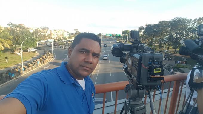 Camarógrafo Moisés de la Cruz pierde la batalla contra el cáncer