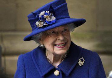 Isabel II descansa en el castillo de Windsor tras el alta hospitalaria
