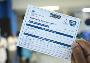 Exigirán tarjeta de vacunación a empleados y visitantes de instituciones públicas