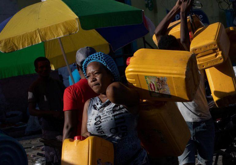 Falta de combustible en Haití pone en peligro acceso atención médica en el país