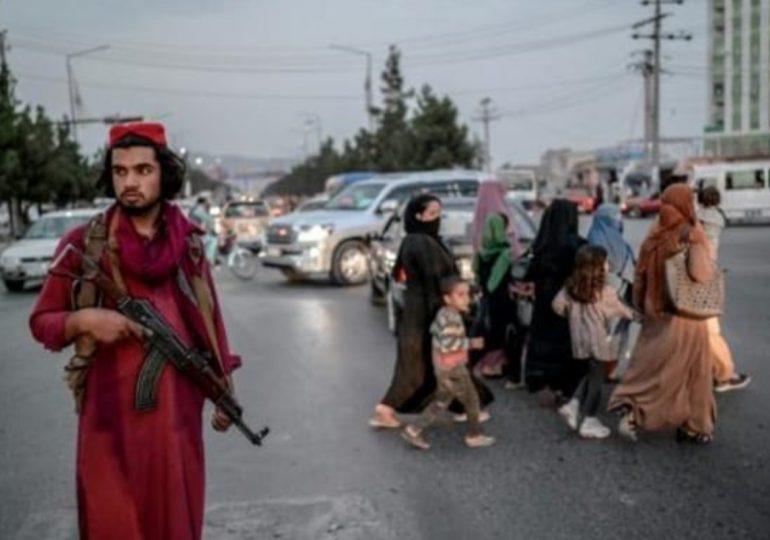 Los talibanes bloquean el éxodo de afganos a través de la frontera con Pakistán