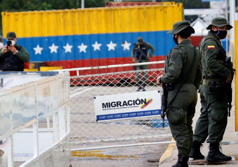 """Frontera entre Colombia y Venezuela restringida tras anuncio de """"apertura comercial"""""""