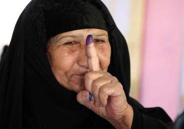 Iraquíes votan con la esperanza de que haya nuevos cambios