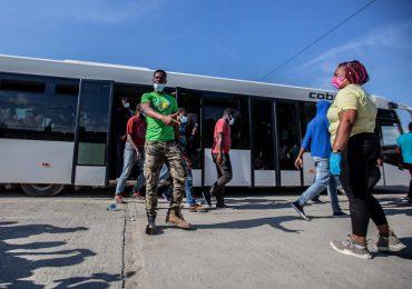 EEUU repatria a 7,500 haitianos en 3 semanas