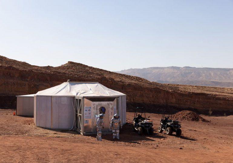 """Astronautas simulan """"la vida en Marte"""" en un desierto de Israel"""