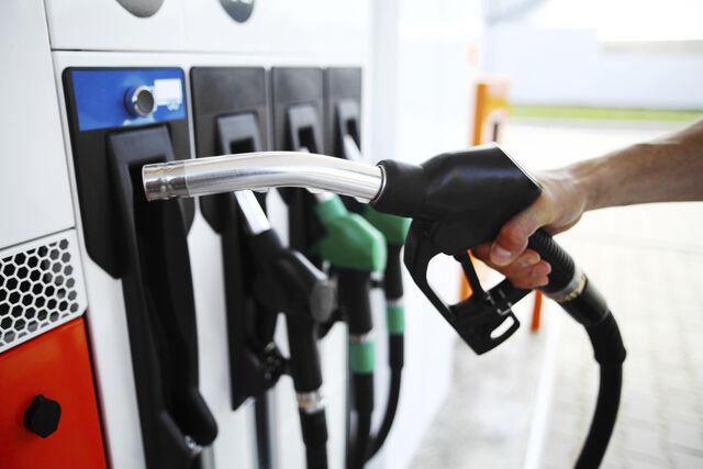 INEVITABLE: El viernes aumentan precios de todos los combustibles