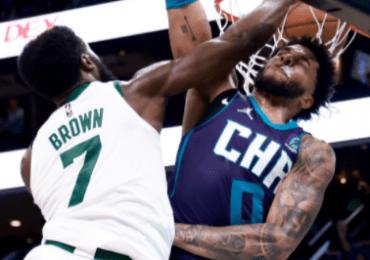 Los Celtics aplican primera derrota a Hornets
