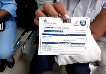 Este lunes comienzan a exigir tarjeta de vacunación para ingresar a espacios públicos y privados