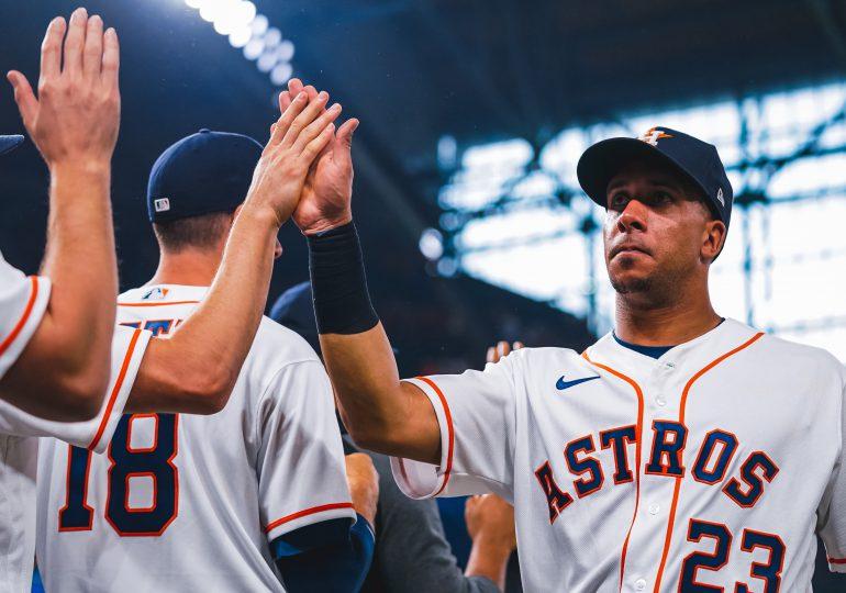 Astros avanzan en serie ante Chicago en Grandes Ligas