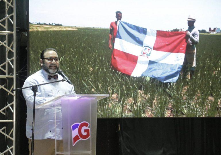 Senador de La Vega presenta memorias legislativas en 1er año de gestión
