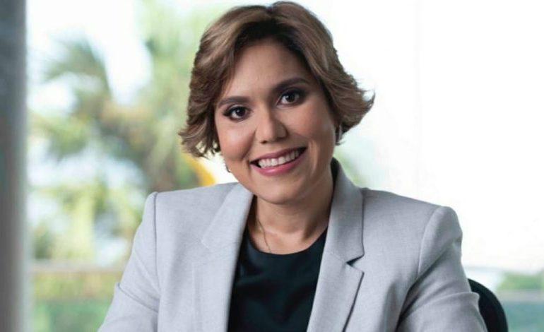 Piden no discriminar a hija de Chu Vásquez en aspiración a dirigir ProCompetencia