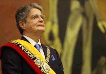 Presidente de Ecuador pide a la Contraloría que examine su patrimonio