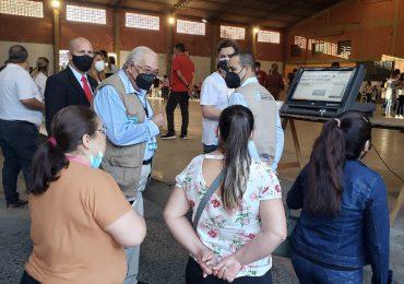 Juez del TSE inicia proceso de observación de elecciones municipales en Paraguay