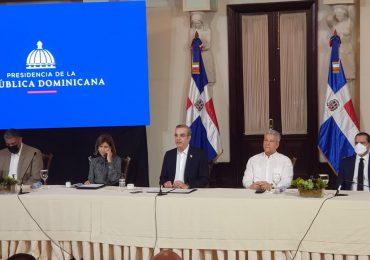 Abinader anuncia primeras medidas para la transformación de la PN