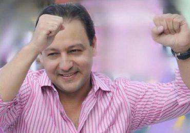 Vídeo| Abel Martínez celebra victoria de Eduardo Hidalgo pese comisión electoral de ADP no declara ganador