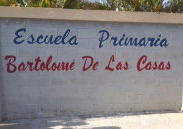 Vídeo  Personal de apoyo de escuela en Pantoja llevan nueve meses sin cobrar, reclaman pago prestaciones
