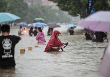 Inundaciones obligan al cierre de decenas de minas de carbón en China