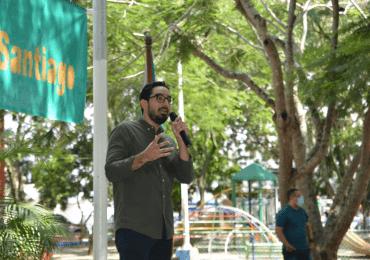 Diputado José Horacio Rodríguez dialoga con la ciudadanía de Santiago