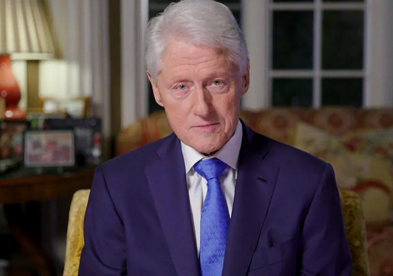 Expresidente de EEUU Bill Clinton fue hospitalizado por infección
