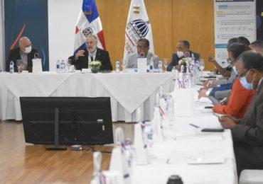 Ministerio de Economía  realiza negociaciones con Banco Mundial para reformas del Pacto del Agua