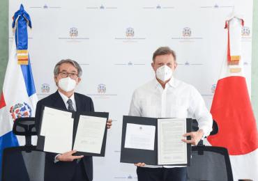 MIREX firma Canje de Notas Diplomáticas sobre cooperación reembolsable para programa de eficiencia energética